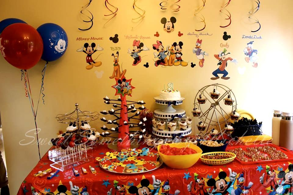 Mickey Mouse Clubhouse Dessert Table! | Cookie Connection