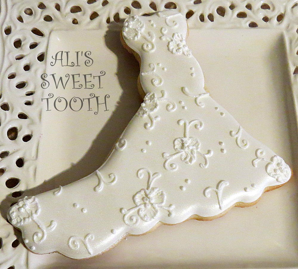 wedding dress cookies cutter wedding dress cookie cutter Ali S Sweet Tooth Wedding Gown Cookie Connection