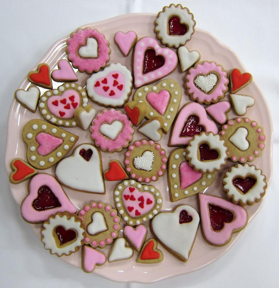 Complete collection of Valentine hearts. Spiced cookies with royal icing.  (2)