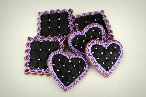 black quilted cookies