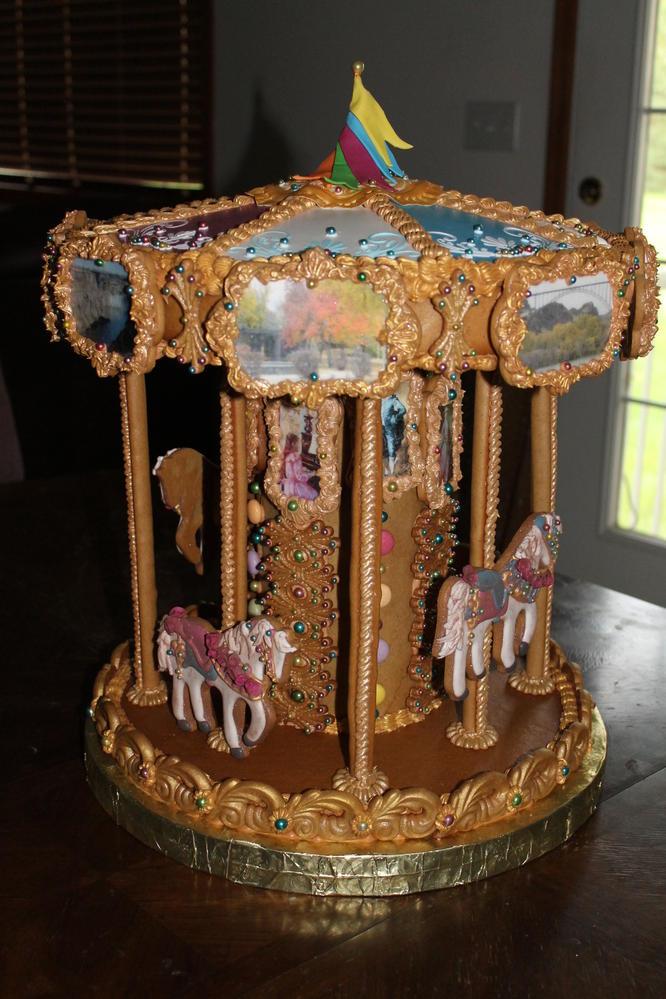 Gingerbread Carousel (19)