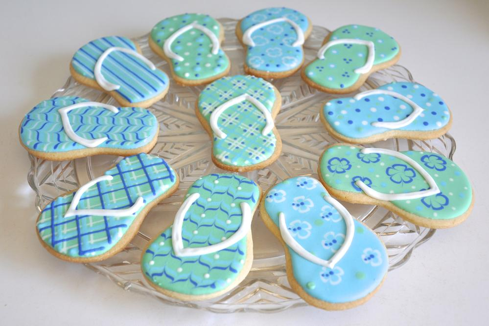 50efd719673b Flip flop cookies for end of summer fun!