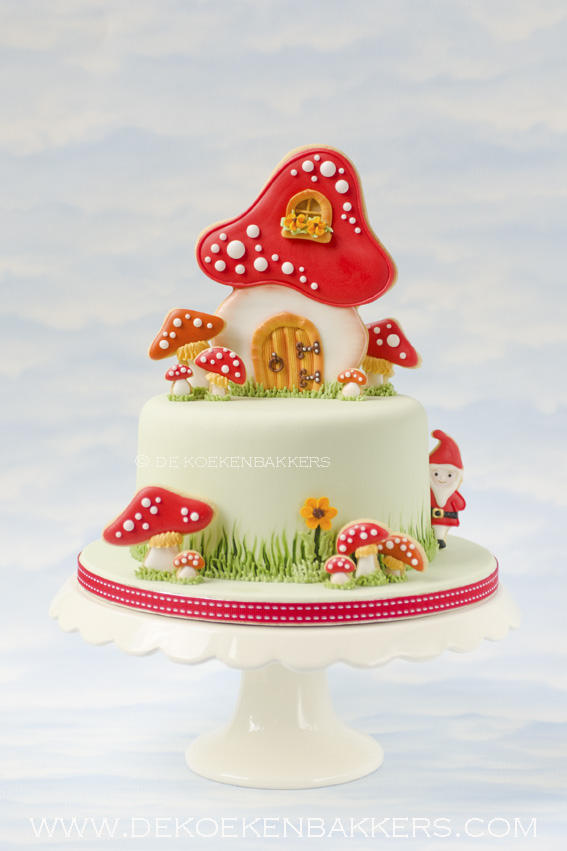Toadstool cake decorated with cookies