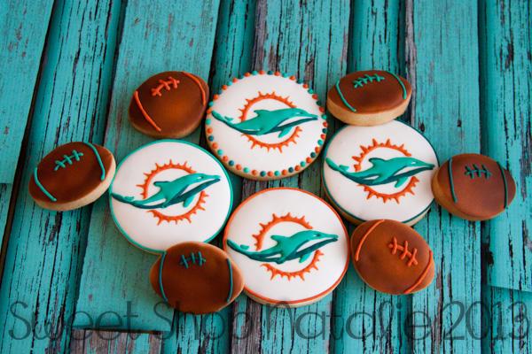 Miami Dolphin Cookies (2 of 4)