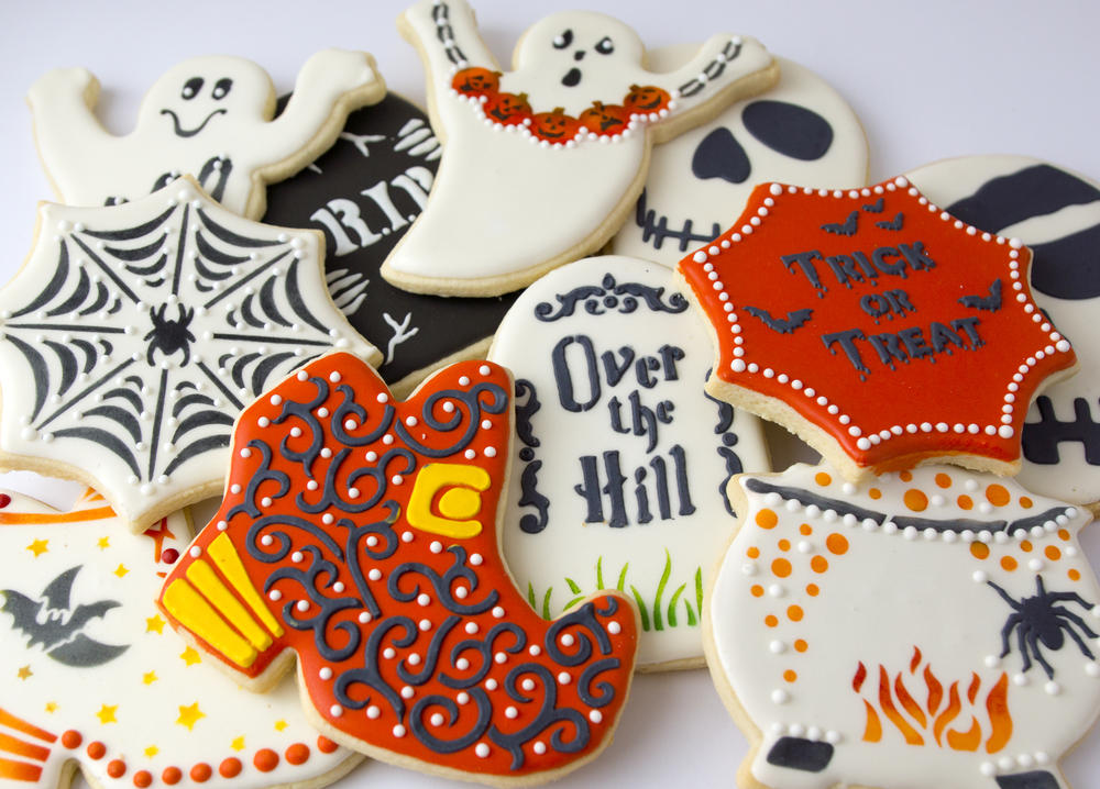 Halloween Stenciled Cookies
