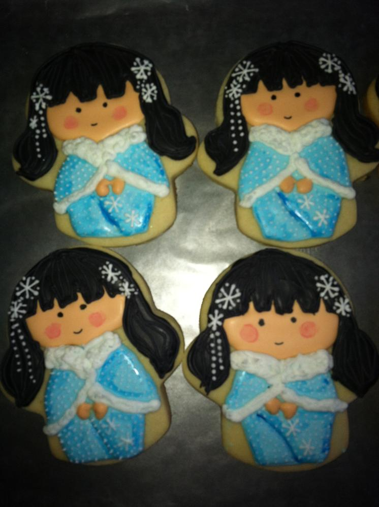 winter Kokeshi girl cookies 2013
