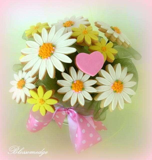 Bouquet of Daisy Cookies