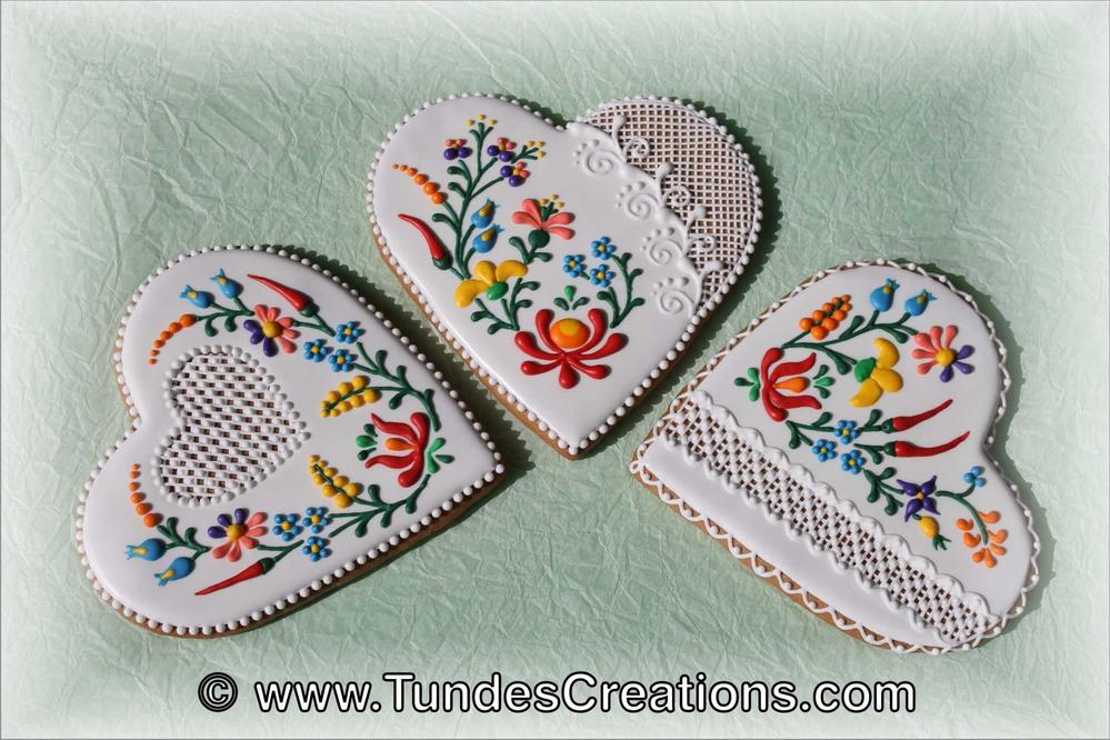 Gingerbread Heart Cookies With Folk Art Design Cookie Connection