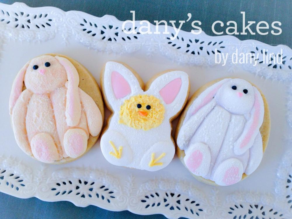 Easter bunnies by Dany's Cakes