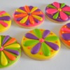Bright and Funky Daisy Cookies