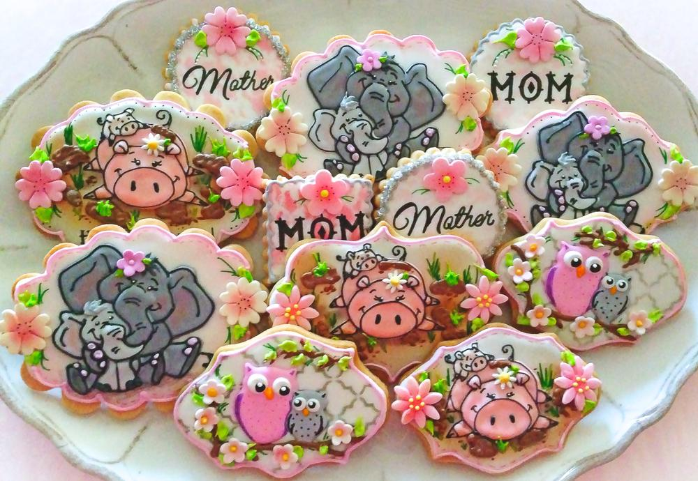 Mother's Day Cookies with Drawn with Character's Images