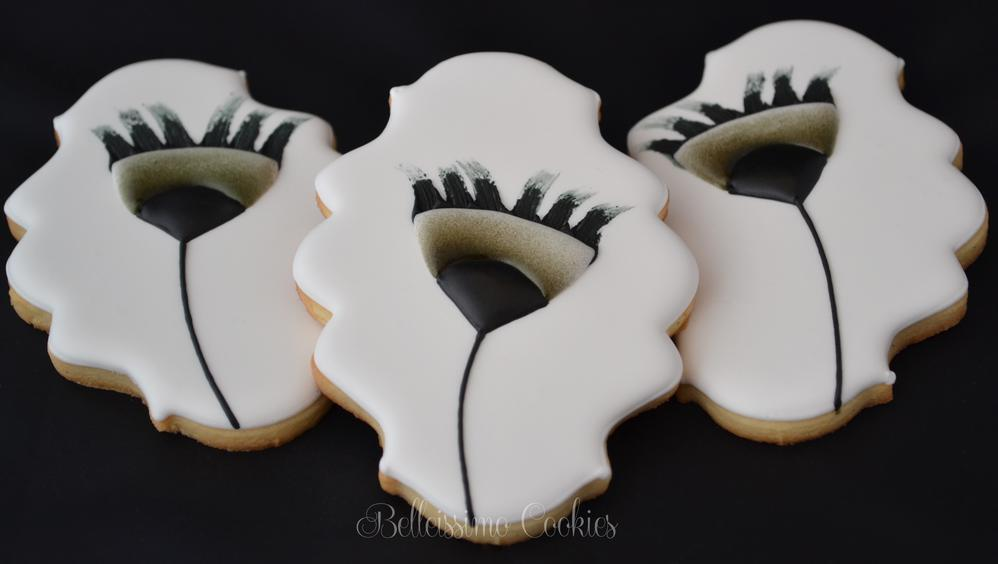 Black & White Abstract Flower Cookies