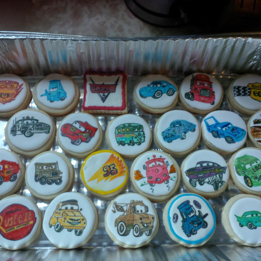 """""""Cars""""-themed cookies - hand-drawn and then painted"""