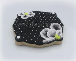 Black & White Polka Dot Flower
