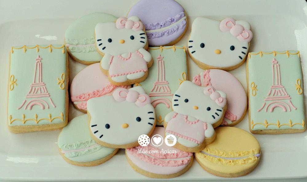 Hello Kitty at Ladurée Cookies