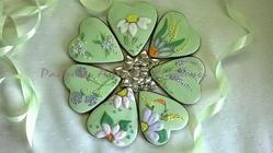 7 flowers cookie