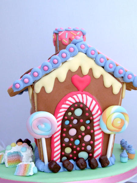 candy cookie house