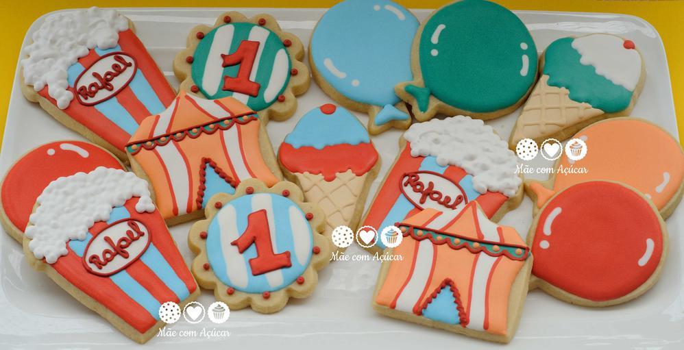 Vintage circus cookies