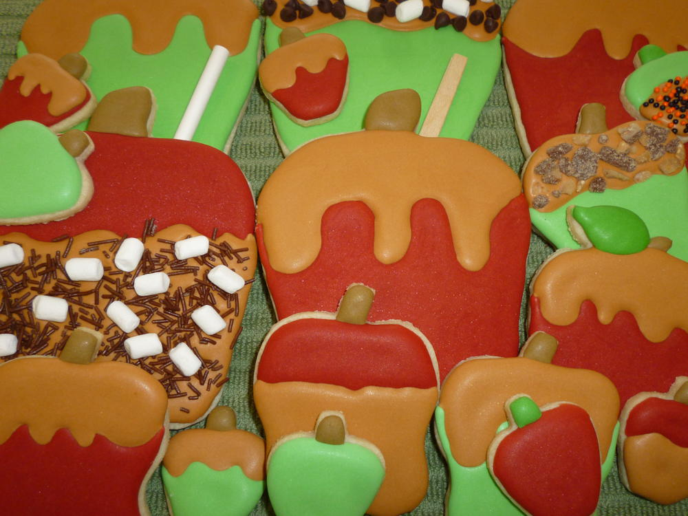 Caramel Apples, S'mores and Toffee Crunch Cookies