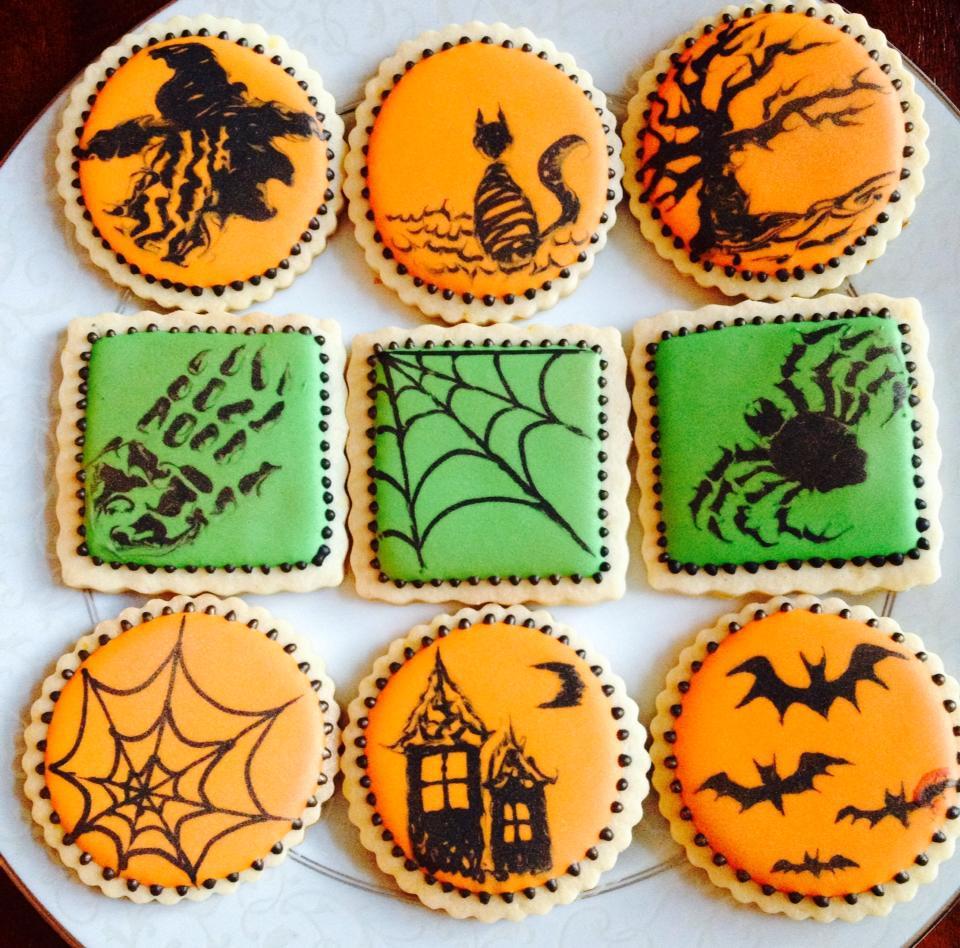 "Halloween ""painting"" cookies"