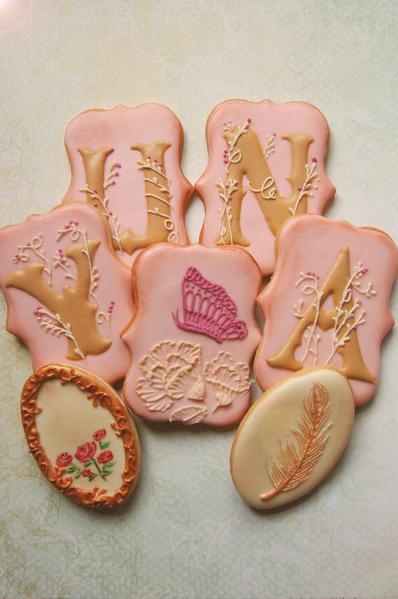 Vintage Royal cookie set