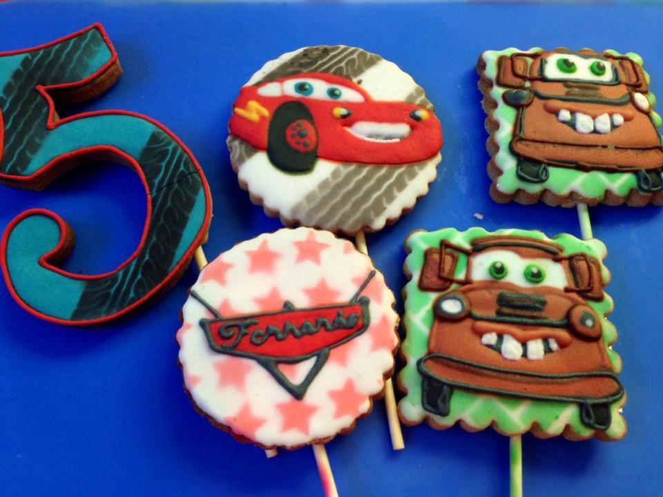 Cars, Close-up