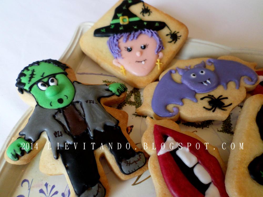 More Halloween Cookies