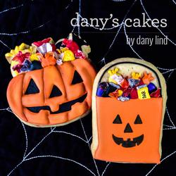 Halloween Loot by Dany's Cakes