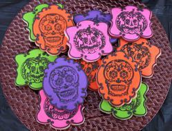 Stamped Sugar Skulls and Pumpkins