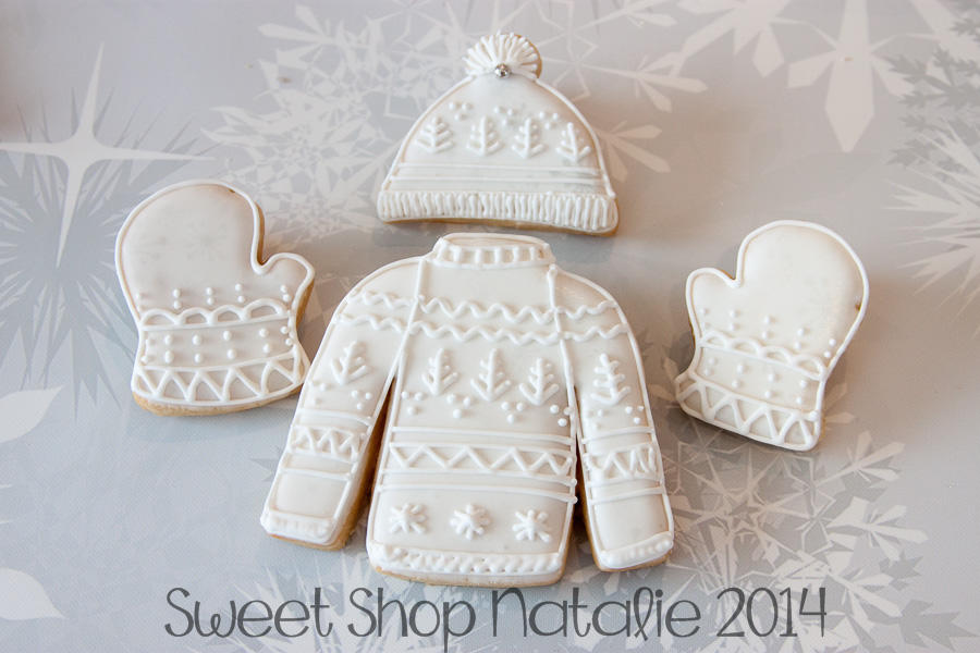 sweater mitten snow hat cookies (3 of 6)