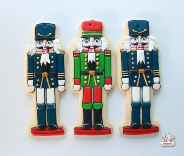 How-to-Decorate-Nutcracker Cookies Video Tutorial