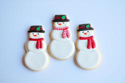 Snowmen with Scarves, by Jolies Gourmandises