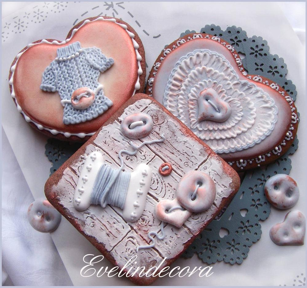 Tricot Valentine's Day cookies