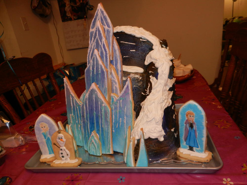 Elsa S Ice Palace Cookies With Cake Mountain Cookie