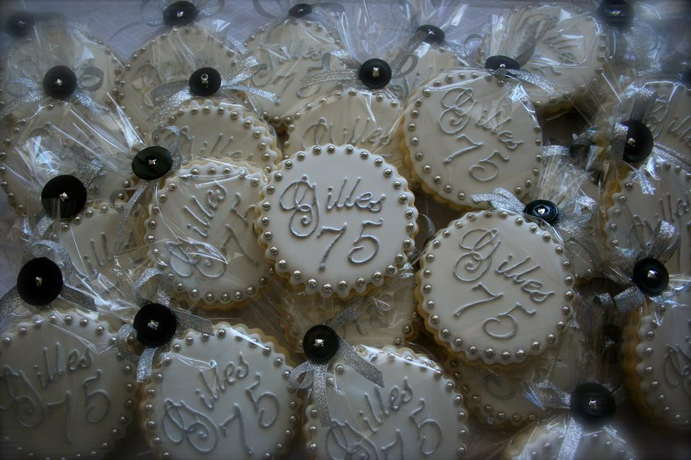 Vintage christmas decorations to make - 75th Birthday Party Favor Cookie Connection