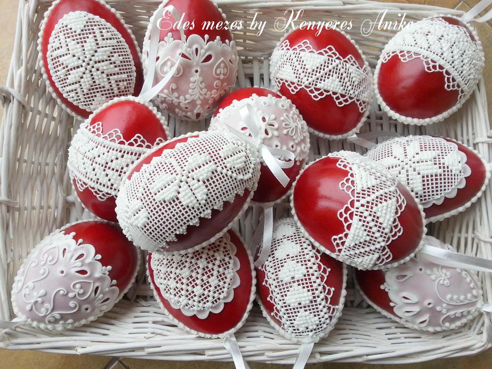 Easter gingerbread eggs