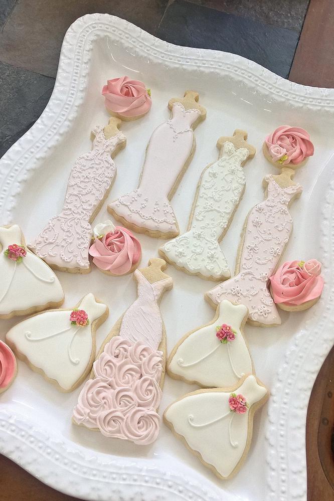 Wedding Entourage Gown Cookies