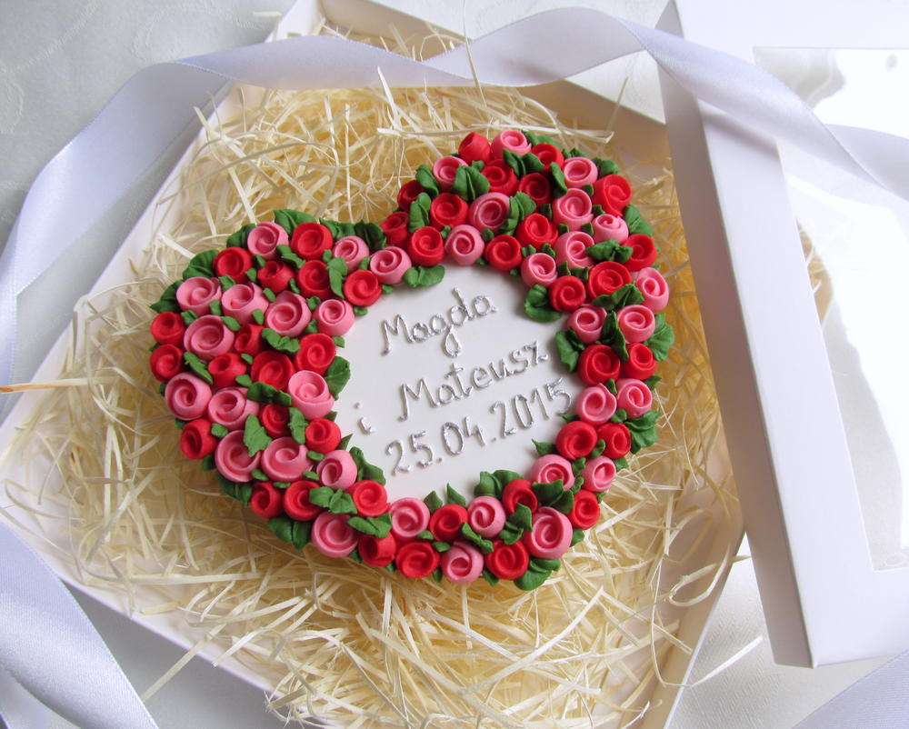 Wedding Roses Wreath Cookie