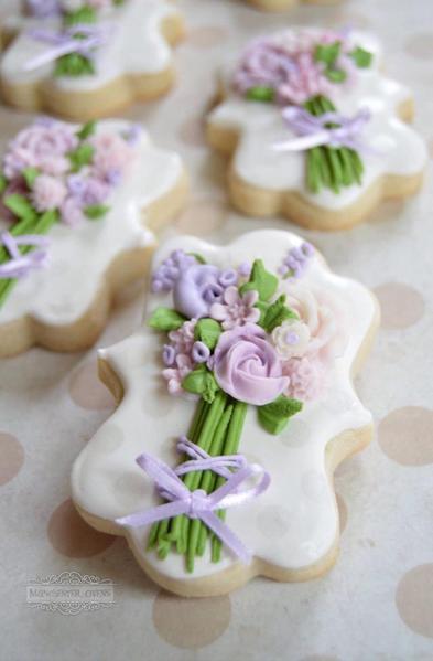 Purple flower bouquets