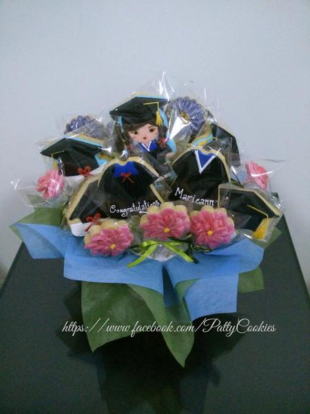 graduation gift / bouquet