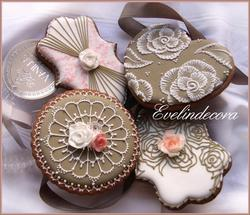 Taupe Cookies