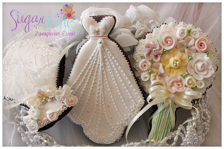 Wedding Gown Headpiece And Bouquet