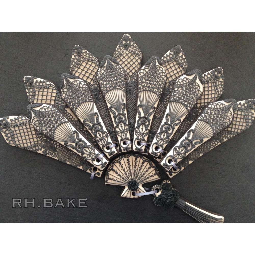 A Folding Fan with Lace