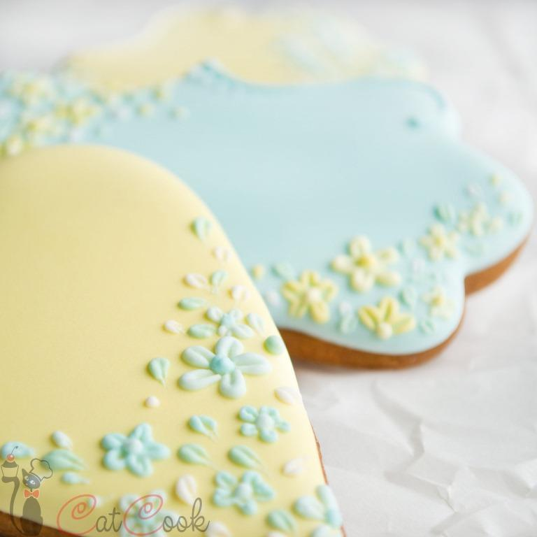 Gingerbread wedding cookies