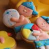 niños en la playa, Ester y sus galletas
