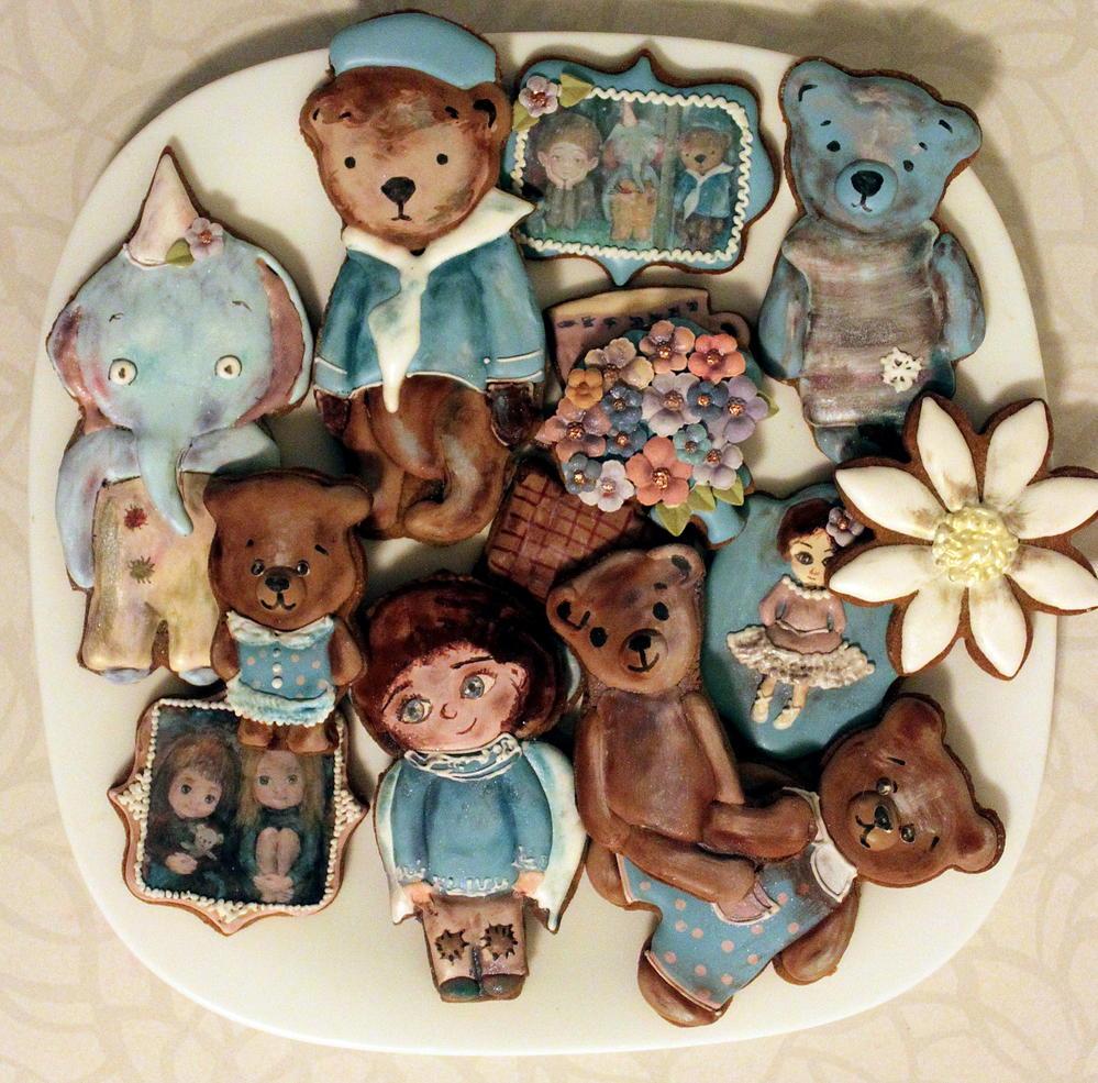 Vintage bear cookies