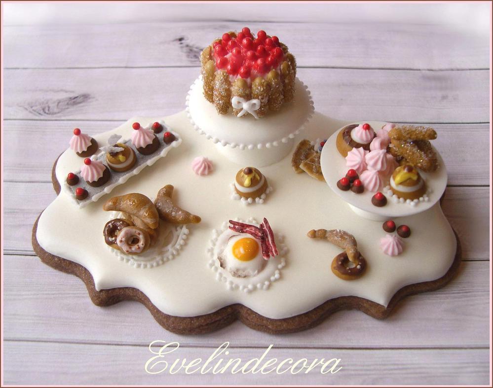 Food miniature cookie: breakfast