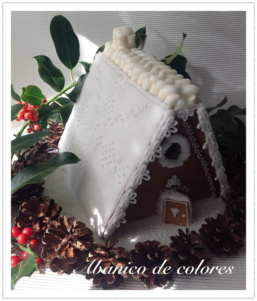 Gingerbread house with icing