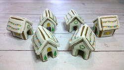 Itty Bitty Gingerbread Houses