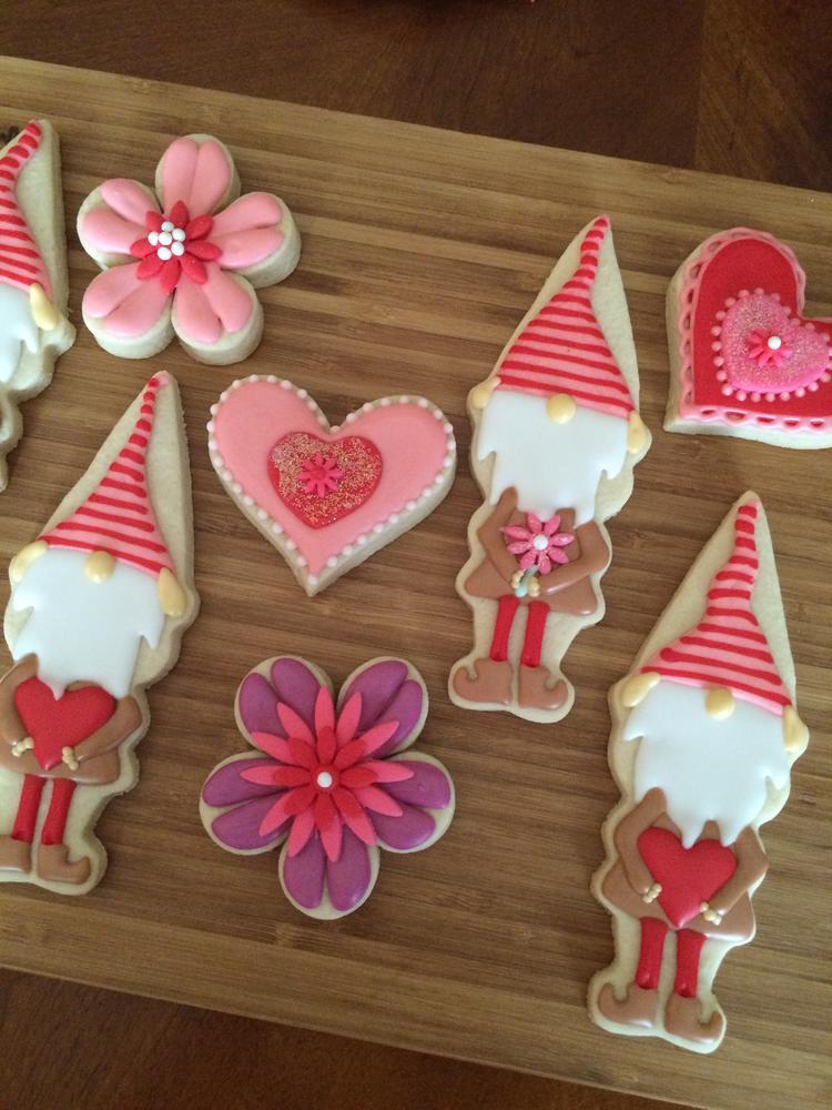 Valentine's Day Gnomes